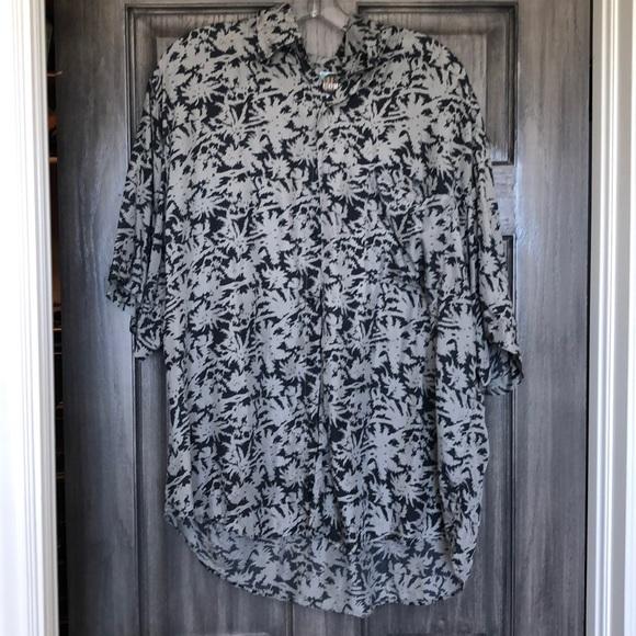 Other - Like new silk aloha shirt